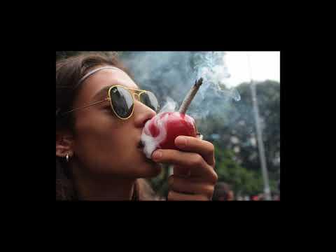 444 Podcast - Gana dinero transportando Marihuana desde Colorado.| Escuela de negocios