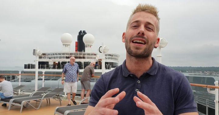 Gana dinero viajando en cruceros de lujo